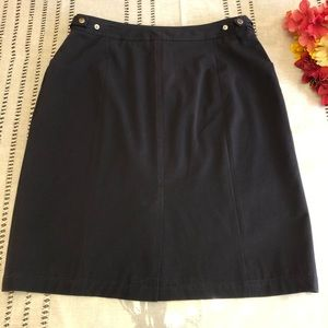 Peter nygard women's size 6 skirt navy blue lined
